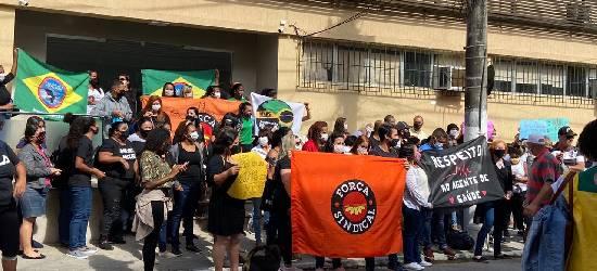 Agentes comunitários de saúde cobram salário atrasado em Rio Bonito