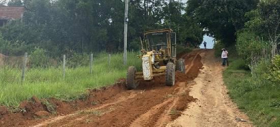 Após reportagem, Prefeitura de Silva Jardim realiza manutenção em estrada