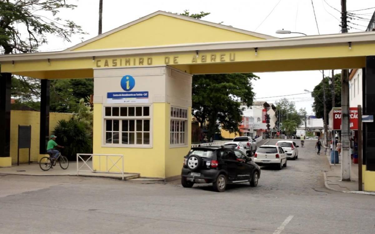 Bolsonaro anuncia abertura de agência da Caixa em Casimiro de Abreu