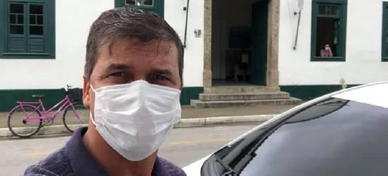'Despedida com cabeça erguida', diz ex-prefeito interino de Silva Jardim