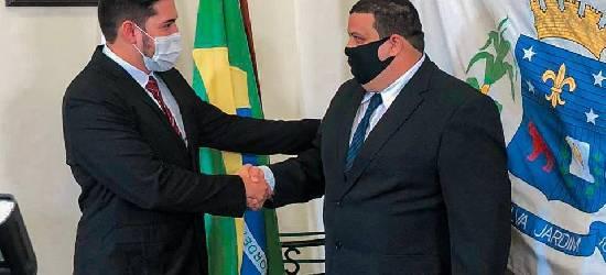 Fabrício de Napinho é o novo prefeito interino de Silva Jardim