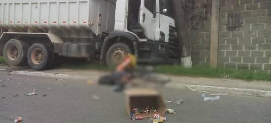 Homem morre depois de ser atingido por caminhão em Rio Bonito